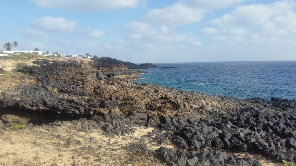 Malownicze klify w Charco del Palo, Lanzarote