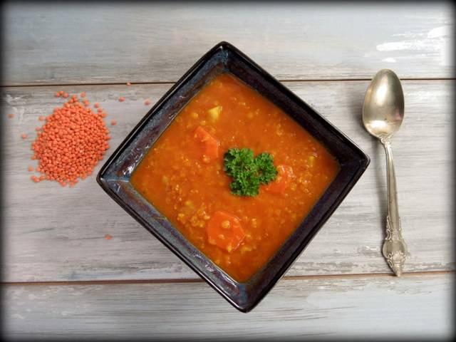 Zupa z czerwonej soczewicy, www.zniejednegogarnka.pl
