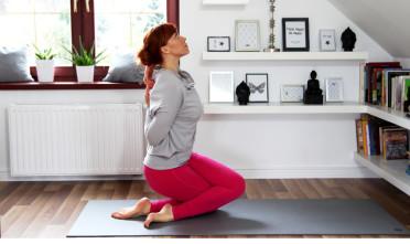 anatomia jogi w praktyce skłon na trzy sposoby