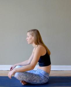 joga, zdrowie, garbienie się, ćwiczenia oddechowe, relaks, stres, joga na stres
