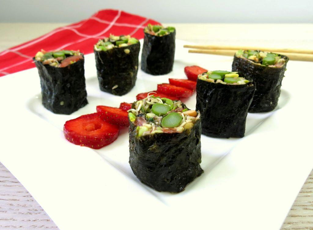 Sushi ze szparagami, www. zniejednegogarnka.pl