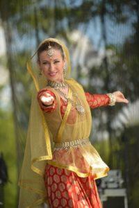 Pokaz tańca indyjskiego (Mohini Dance Group), fot. Dzień Jogi w Polsce, www.dzien-jogi.pl