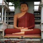 Światynia Weherahena – 39 metrowy posąg siedzącego Buddy