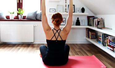 łopatki obręcz barkowa anatomia jogi w praktyce