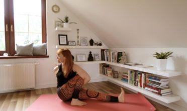 skręty kręgosłupa, joga, Mariczjasana C