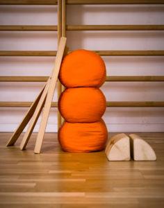 pomoce w praktyce jogi wg metody Iyengara Natasza Moszkowicz