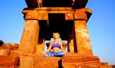 chcę uczyć jogi, kto się nadaje na nauczyciela jogi