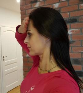asany na napięcie szyi: rozluźnianie przodu szyi